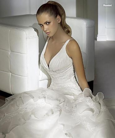 Abito da sposa della collezione 2009 di Pronovias