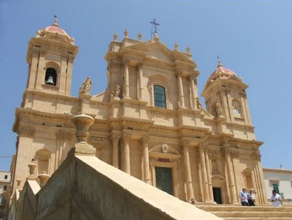 La Cattedrale di Noto dopo la ricostruzione