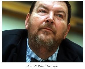 """Giuliano Ferrara, direttore del quotidiano """"Il Foglio"""" (fonte ilfoglio.it)"""