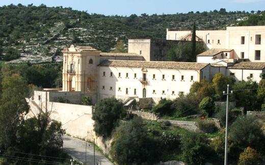 Santuario dedicato a Maria Scala del Paradiso (a pochi km da Noto)
