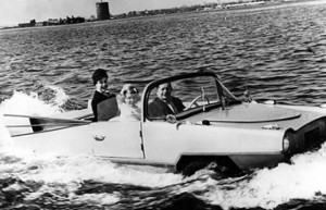 La Amphicar del 1961 - foto Repubblica.it