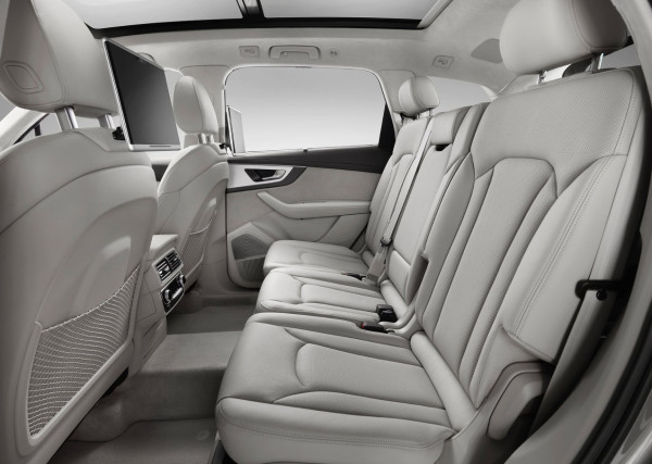 Audi Q7 - gli interni