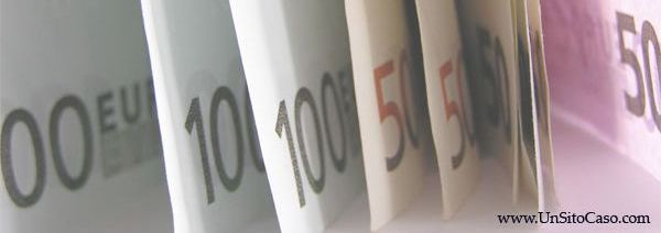 Sedi della Banca FINECO (gruppo UNICREDIT) a Napoli