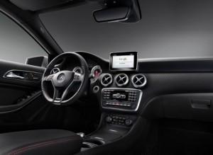 La plancia della nuova Mercedes Classe A 2013