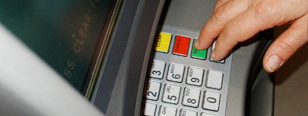 Prelevare da uno sportello ATM senza tessera bancomat