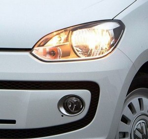 Dettaglio: il faro della Volkswagen Up!